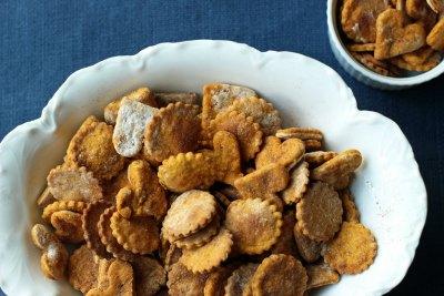 Sweet Potato And Cinnamon Crackers